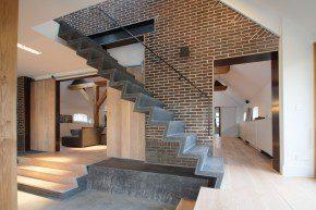 Slanke trap uit staalvezelbeton